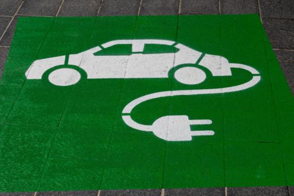 Elektryczny kompakt czy elektryczny SUV?